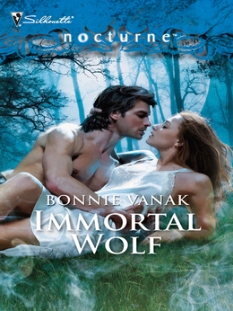 Immortal Wolf (Mills & Boon Intrigue)