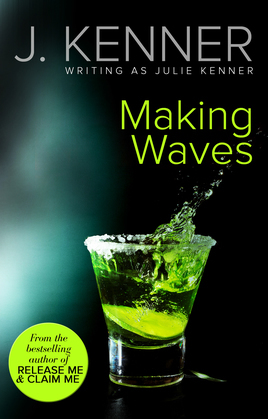 Making Waves (Mills & Boon Spice)