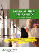 Laura al final del pasillo