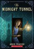 The Midnight Tunnel: A Suzanna Snow Mystery