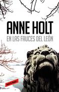 En las fauces del león