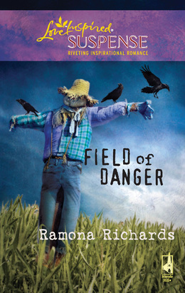 Field of Danger (Mills & Boon Love Inspired)
