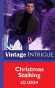 Christmas Stalking (Mills & Boon Intrigue)