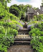Secret Gardeners
