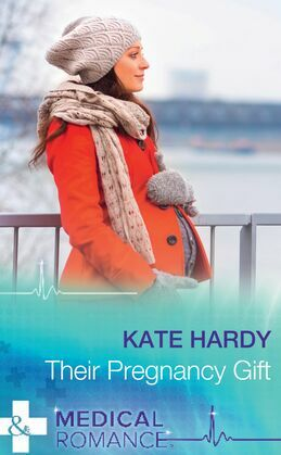 Their Pregnancy Gift (Mills & Boon Medical) (Miracles at Muswell Hill Hospital, Book 2)