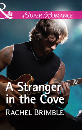 A Stranger In The Cove (Mills & Boon Superromance) (Templeton Cove Stories, Book 8)