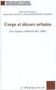 Corps et décors urbains