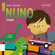 Nuno juega/Nuno y su familia